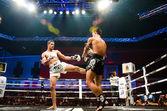 Rei de luta tailandês de muay thai — Fotografia Stock