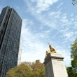 Central Park Gold Statue — Stock Photo