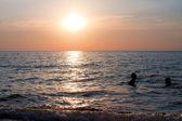 Pôr do sol. seascape. — Foto Stock