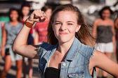 öfkeli genç kız — Stok fotoğraf