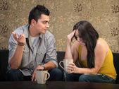 Depresif kadın arkadaşı ile — Stok fotoğraf