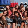Foto Stock: Group of Giggling Teenage Girls