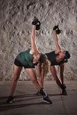 Señoras haciendo entrenamiento de boot camp — Foto de Stock