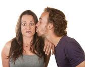 Homme femme surprise baisers — Photo
