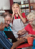 Screaming Watiress and Arguing Seniors — Stock Photo