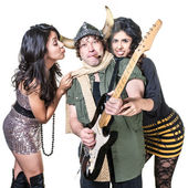 Groupies with Rock Musician — Stock Photo