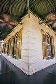 веранда на хемингуэй дома в ки-уэст — Стоковое фото