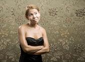 όμορφης επιχειρηματικής γυναίκα που κρατά ένα τηλέφωνο — ストック写真