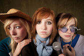 Three Young Girls with Microphone — Foto de Stock