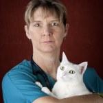 Veterinarian with Cat — Stock Photo #39759641