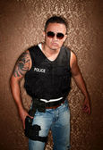 Police Pfficer With Gun — Stock Photo