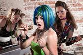 Female punk rock band — Zdjęcie stockowe