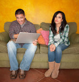 Hispanic Couple with Computer — Stock Photo