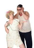 Frau hört musik — Stockfoto
