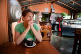 Woman in a Costa Rican cafe — Stock Photo