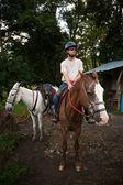 European or American man on horseback in Costa Rica — Photo