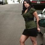 Pretty Hispanic Woman Waiting — Stock Photo
