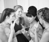Women Gossiping in Kitchen — Foto Stock