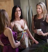 Smiling Pregnant Lady with Friends — Foto Stock