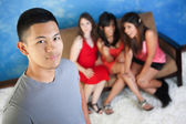 Handsome Man with Girlfriends — Stockfoto