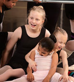 Girls Laughing at Ballet Class — Stock Photo
