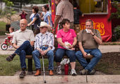 People eating at the Iowa State Fair — Stock Photo