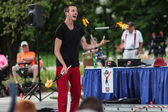 Juggler at Iowa State Fair at Iowa State Fair — Stock Photo