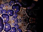 Symmetrical gradient violet fractal flower — Stock Photo