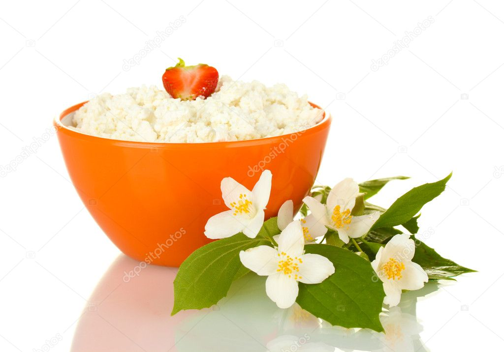 with-strawberry-in-orange-bowl-and-flowers-isolated-on-white.jpg