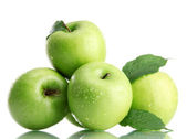 Ripe green apples with leaves isolated on white — Stock Photo