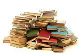 Oude boeken op wit wordt geïsoleerd — Stockfoto