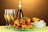 Table setting for Thanksgiving day on brown background close-up — Stock Photo