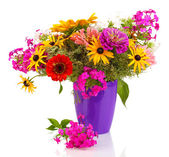 Beautiful bouquet of bright flowers isolated on white — Foto Stock