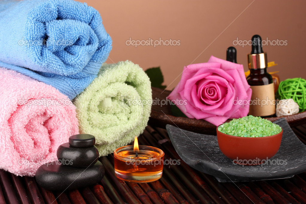 Spa setting  on  brown background — Stock Photo #13650627