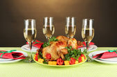 Banquet table with roast chicken close-up. Thanksgiving Day — Stock Photo