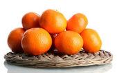 Maduros mandarinas aislados en blanco — Foto de Stock