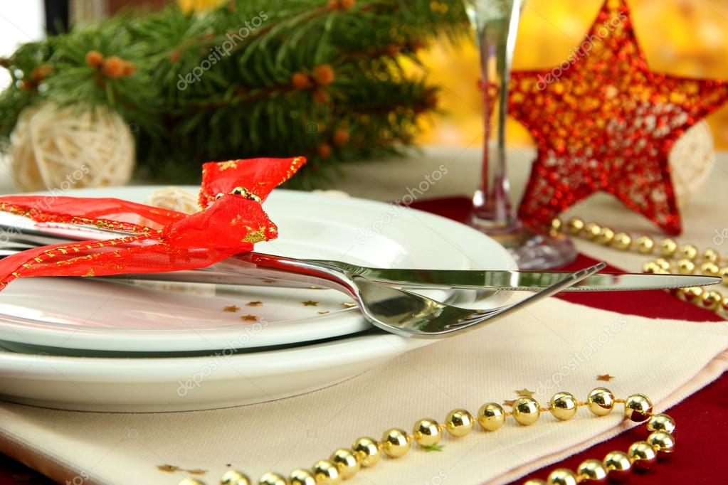 Beautiful christmas setting, close up — Stock Photo #14673009