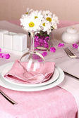 Elegant table setting in restaurant — ストック写真