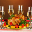 Banquet table with roast chicken on brown background close-up. Thanksgiving Day — Stock Photo #15313561