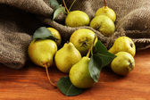 Juicy flavorful pears close-up — Stock Photo