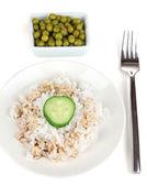 Jedzenie na talerz na białym tle — Zdjęcie stockowe