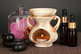 Aromaterapi lampa på grå bakgrund — Stockfoto