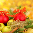 Beautiful christmas composition on yellow background - Foto Stock