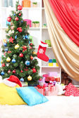 The room is decorated with New Year's decor — Stok fotoğraf
