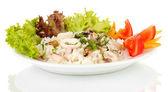 Ensalada de mariscos delicatesen con arroz aislado en blanco — Foto de Stock