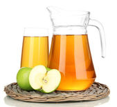 Full glass and jug of apple juice and apples isolted on white — Stock Photo
