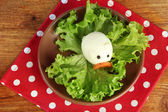 Zabawa jedzenie dla dzieci na tle drewniane — Zdjęcie stockowe