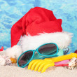 Conceptual photo: Celebrating Christmas at beach — Stockfoto