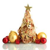 Krásný vánoční strom suchý citronů s výzdobou, izolované na bílém — Stock fotografie