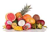 Composição de frutas exóticas, isolado no branco — Fotografia Stock